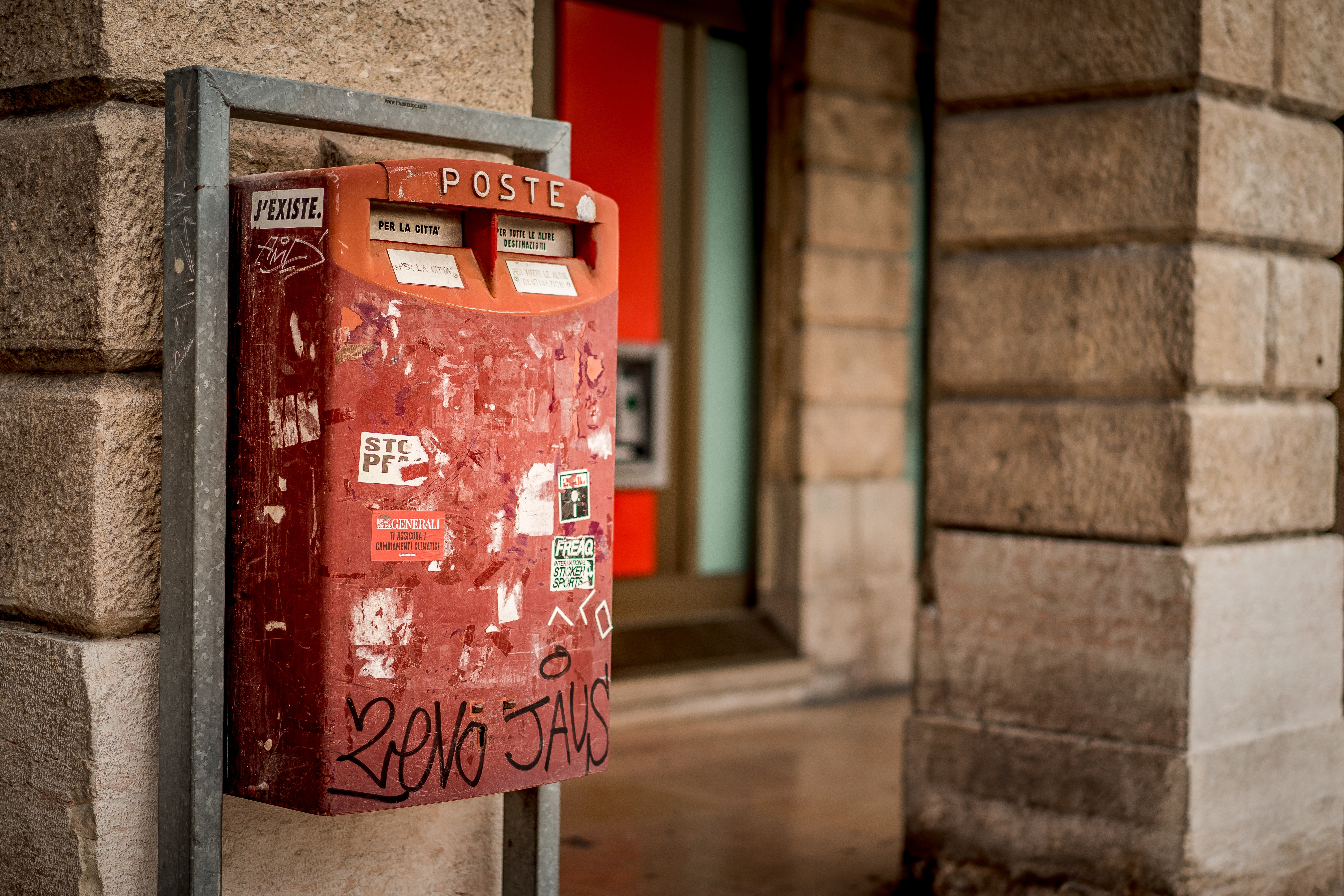 A red post box in Italy